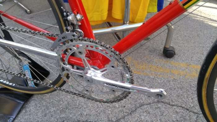 Beautiful pantographing on the Campagnolo crankset.