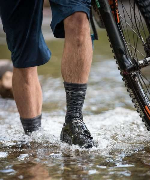 showers pass crosspoint gloves and socks