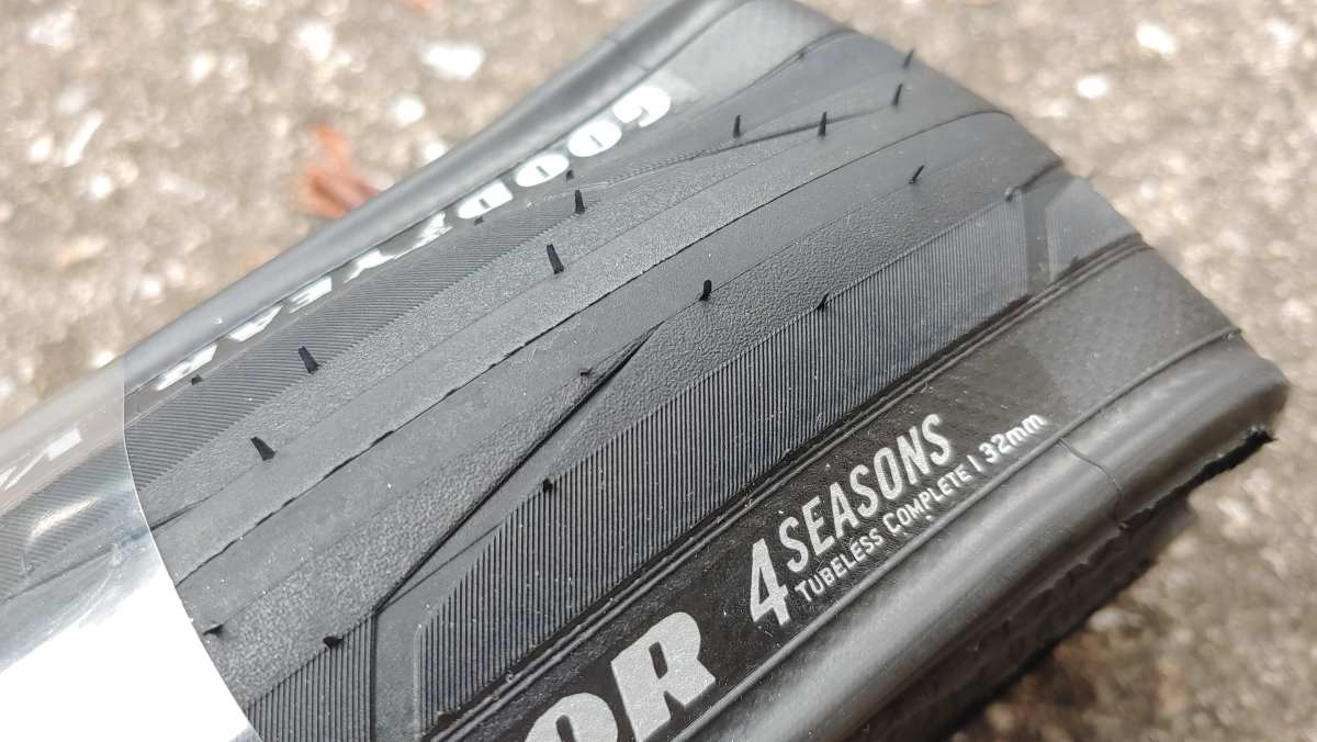 Goodyear Vector 4Seasons Tubeless Tire Review