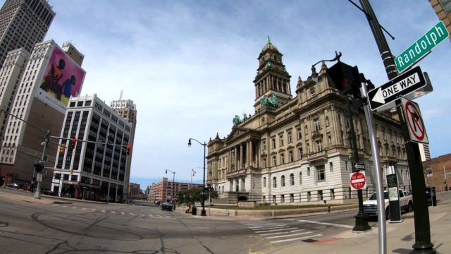 bicycle tour of detroit michigan