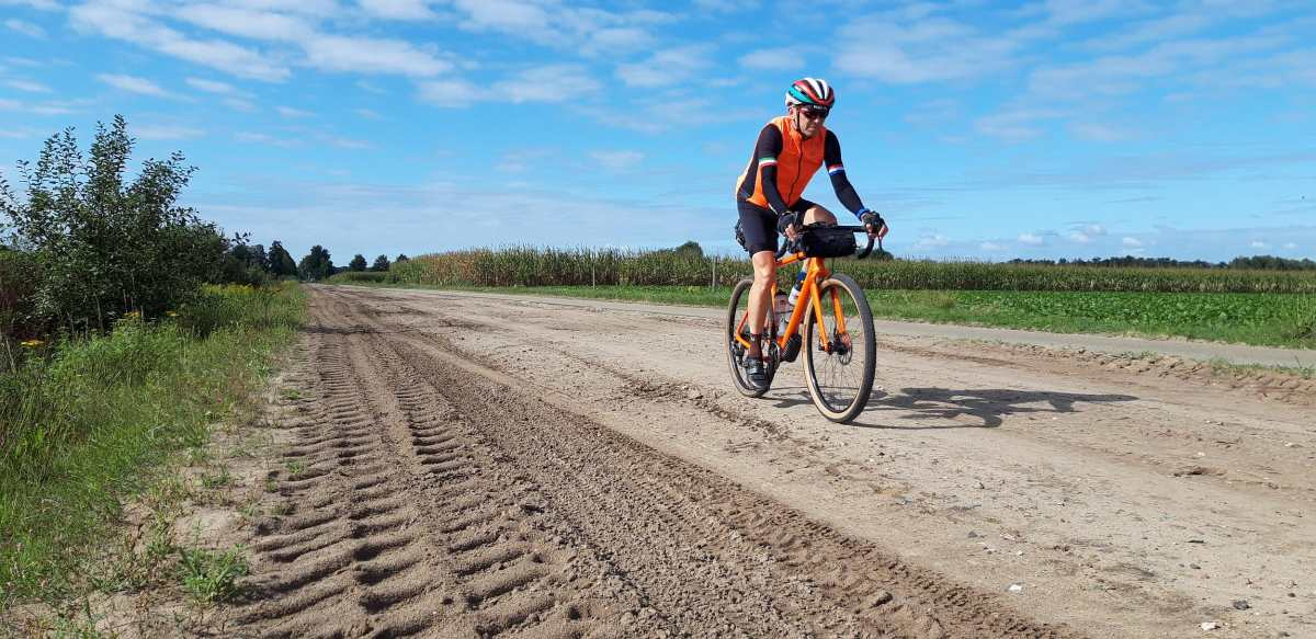 gravel cycling in the netherlands