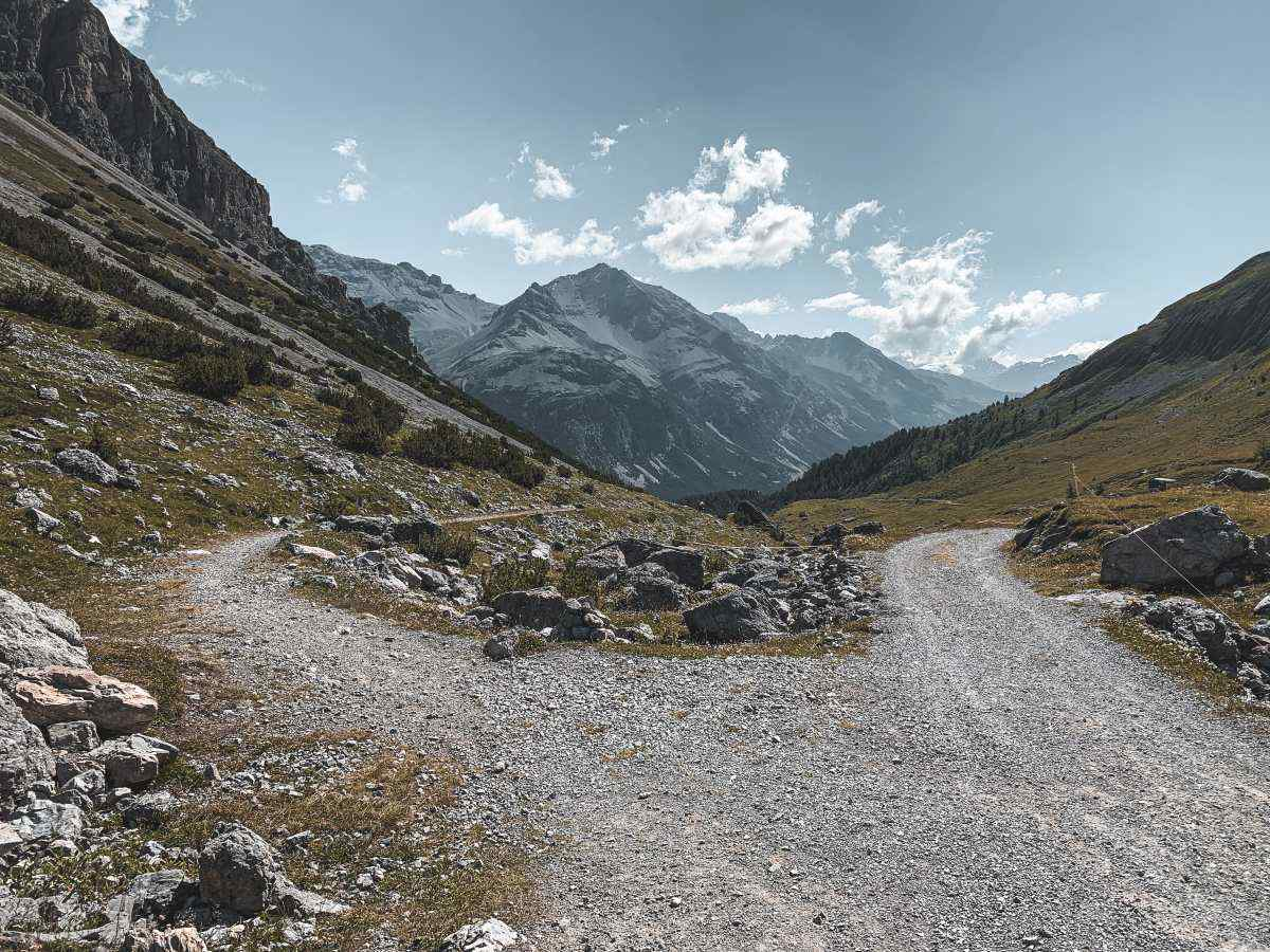 stelvio pass gravel cycling