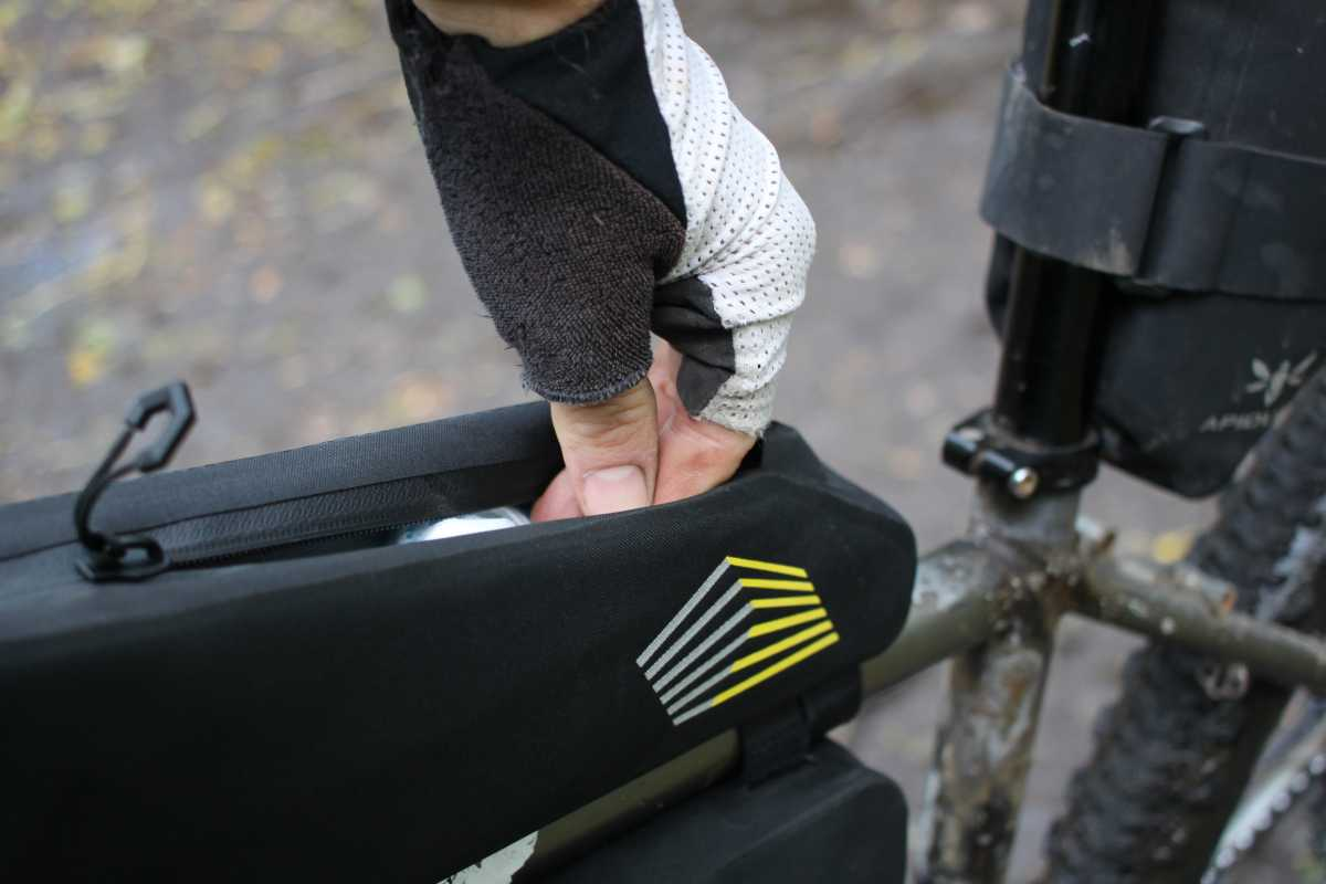 apidura racing long top tube pack review