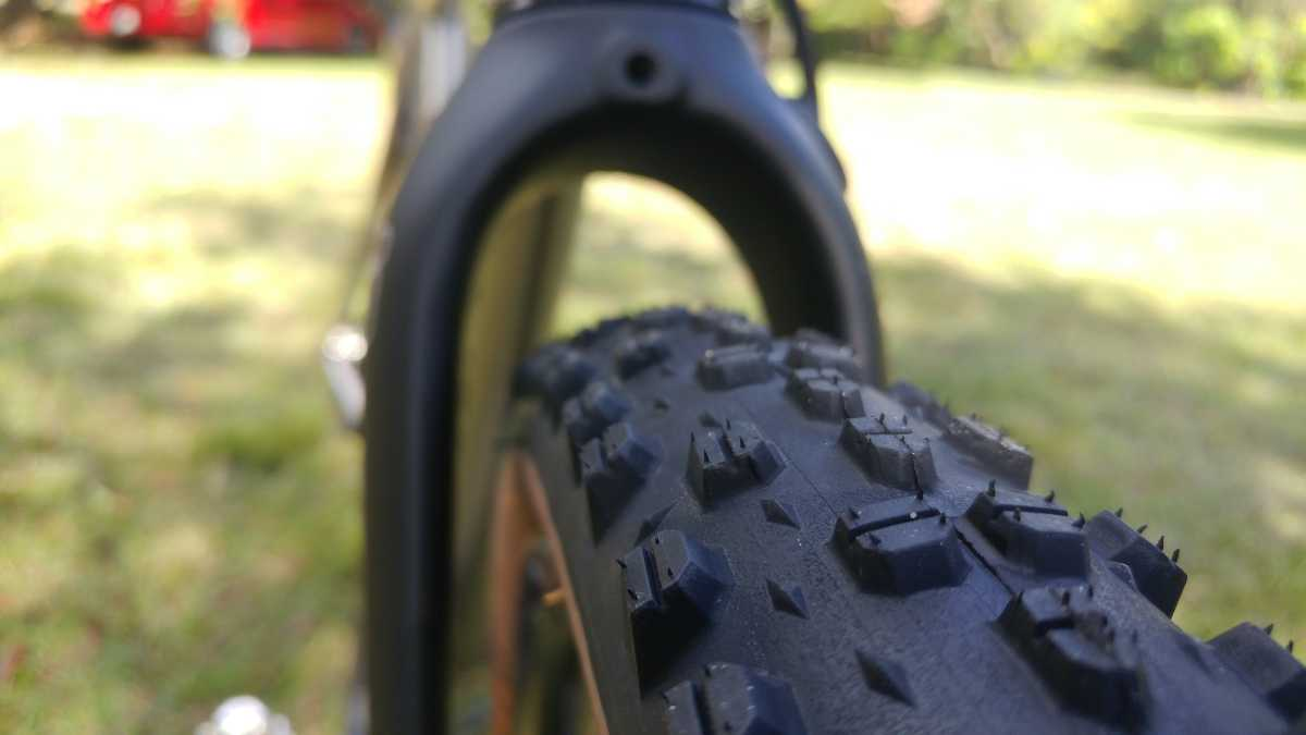 knobby tires on gravel bikes